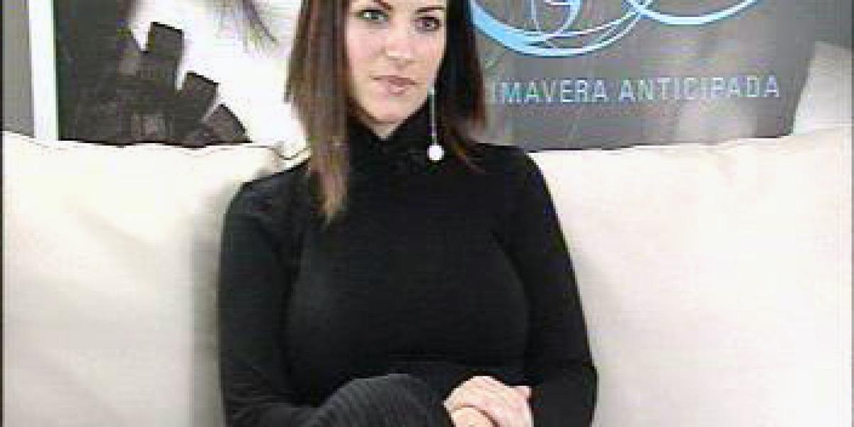 Laura Pausini durante un acto promocional de Primavera Anticipada