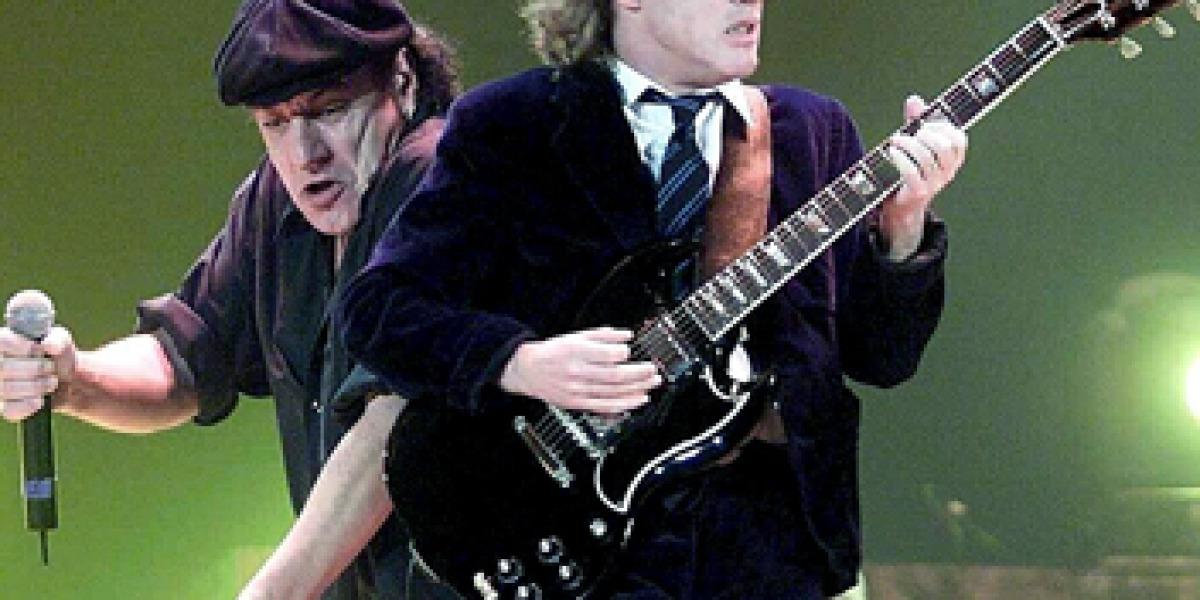 AC/DC durante un concierto
