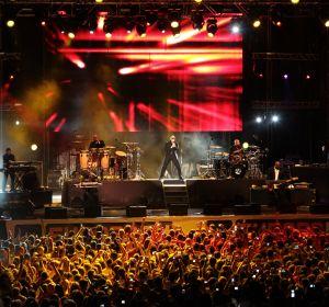 10.000 personas abarrotaron la Plaza de Toros de Valencia