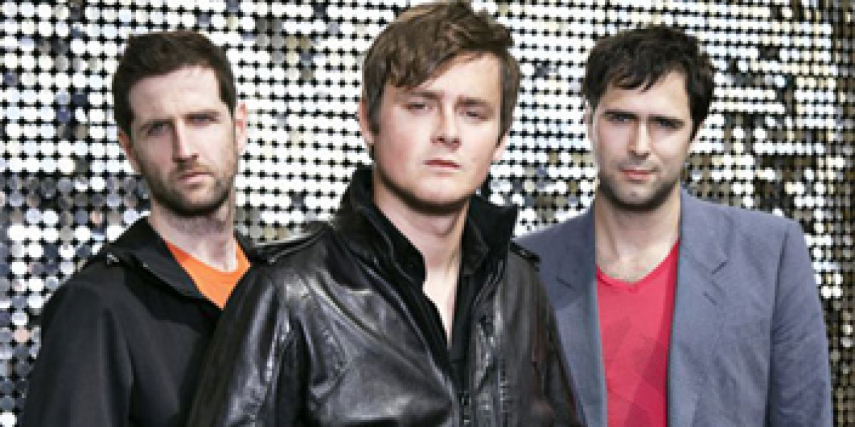 Keane son Tom Chaplin, Tim Rice-Oxley y Richard Hughes