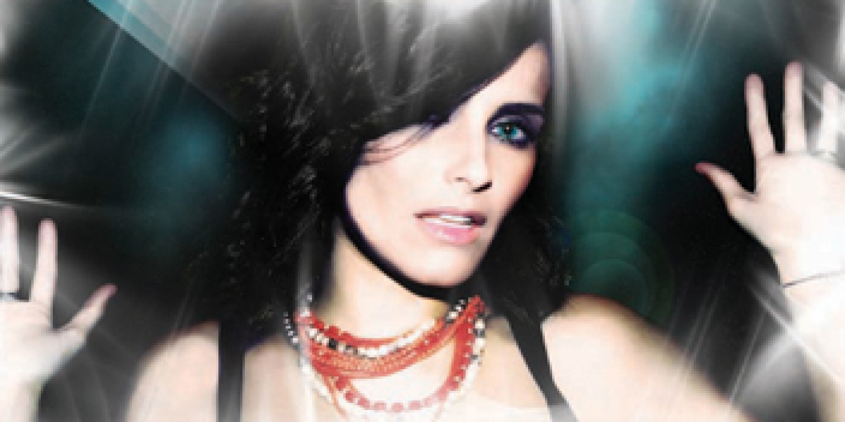 Carátula del nuevo sencillo de Nelly Furtado