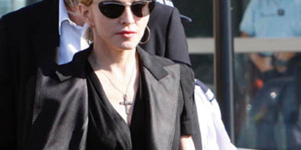 Madonna a la salida del hospital en Marsella