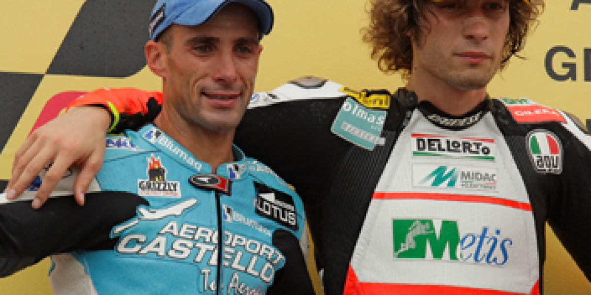 Álex Debón en el podio.