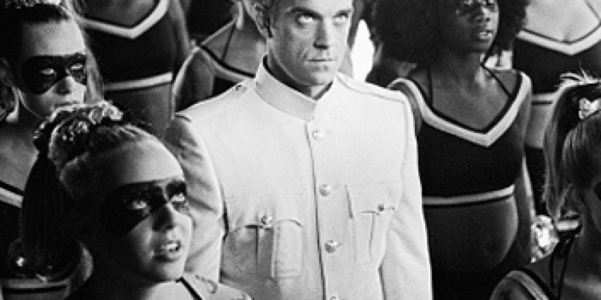 Robbie Williams, durante la grabación del primer videoclip del disco