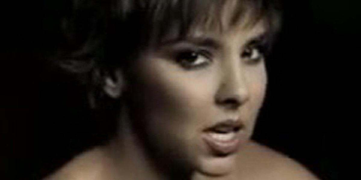 Chenoa en Duele, su primer sencillo