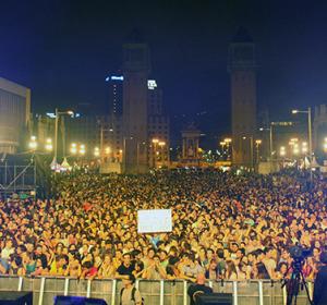 Más de 40.000 personas abarrotaron el Escenario Europa FM en las fiestas de La Mercè 2013