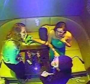 Beyoncé sorprende a unas chicas en un karaoke