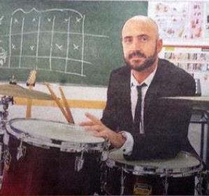 Rafa Rodríguez en su Escuela de Rock de Barcelona