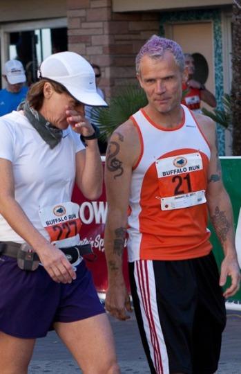 Flea en la media maratón de Buffalo Run