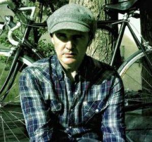 Juan Aguirre de Amaral es un amante de la bicicleta