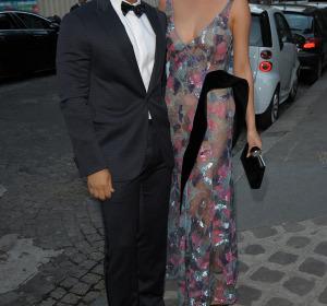 John Legend y Chrissy Teigen acudieron muy elegantes a la gala